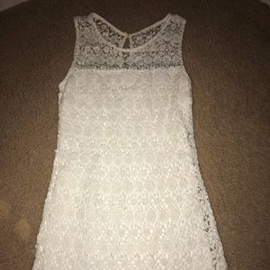 Beautiful floral lace dress Hollister